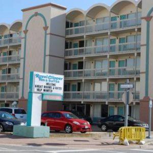 Royal Clipper Inn & Suites